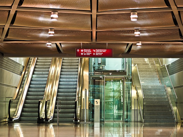 Photo of מעלית או מדרגות?